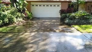 driveway cleaning safety harbor